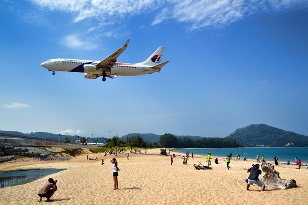 frowned-upon-plane-spotting-phuket