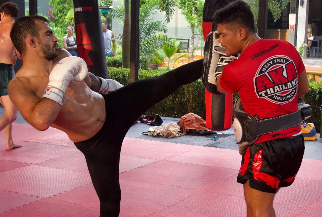 phuket-tourist-trained-fighter