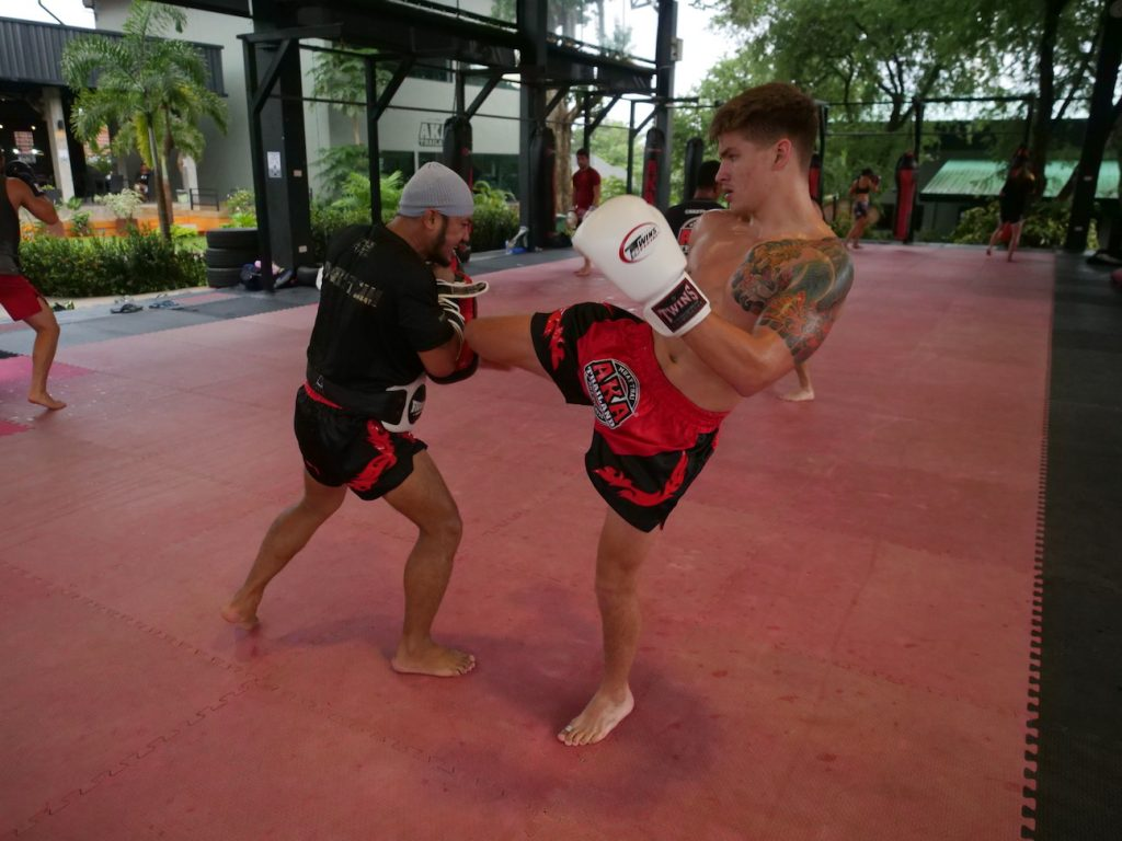trainers-confidence-combat-sports